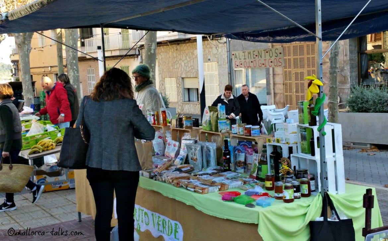 Biostand auf dem Markt in Santa Margalida