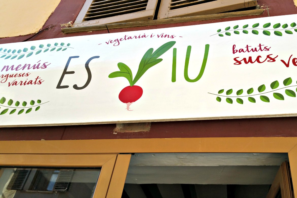 Restaurant Es Viu - Vegan Essen in Santa Maria