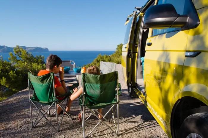Bulli Tour im Lazy Bus über Mallorca