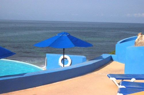 Pool at the Viva Vallarta Hotel, at Tolfalas.com