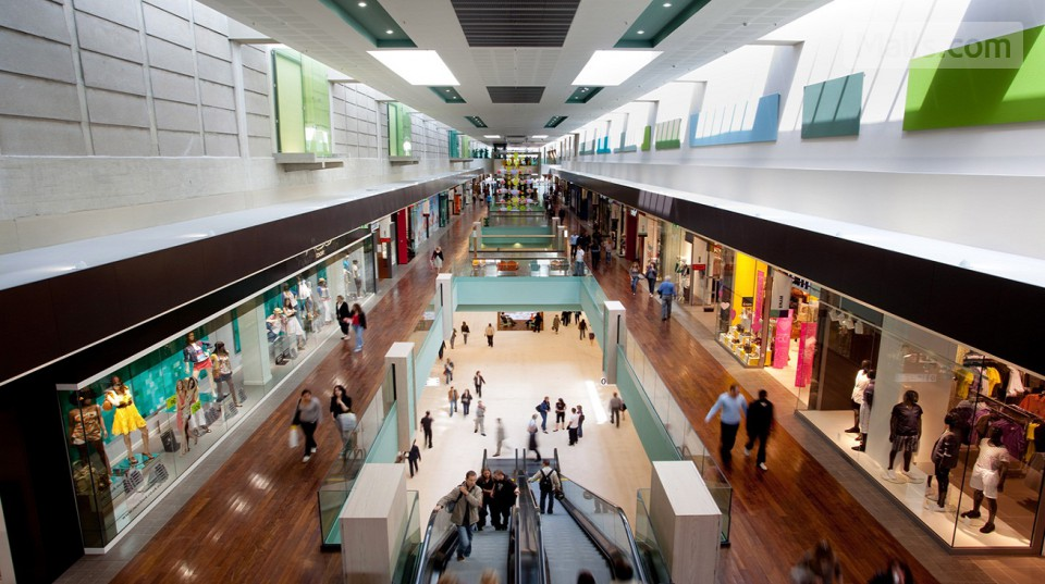 docks 76 mall in rouen france