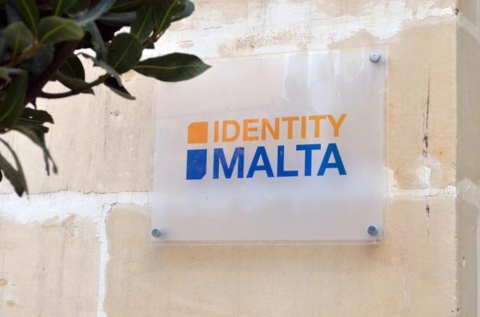 Avrupa Komisyonu: Kalıcı oturum başvurularında Maltaca yeterlilik şartı eşitlik ilkesine aykırı