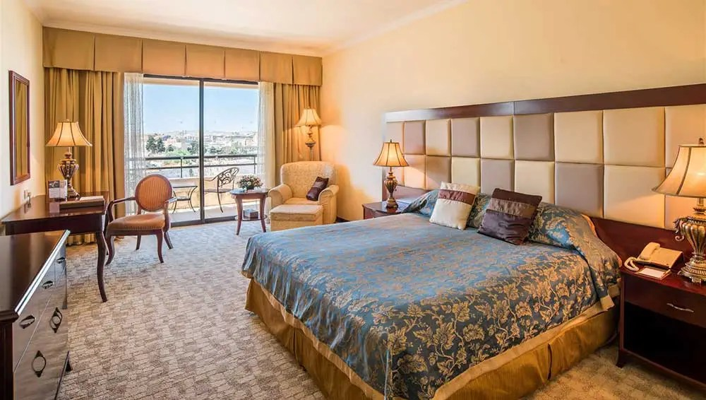 grand-hotel-excelsior-malta-room