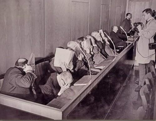 Hitlerin hakim savcıları sanılan Treblinka davalarında yargılanan SS görevlileri