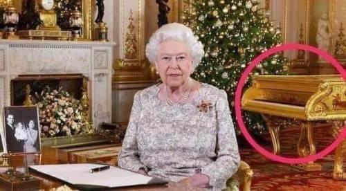 kraliçe elizabeth piyano