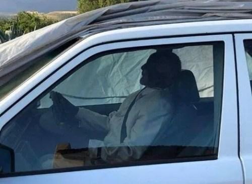 arabayla gömülen kişi