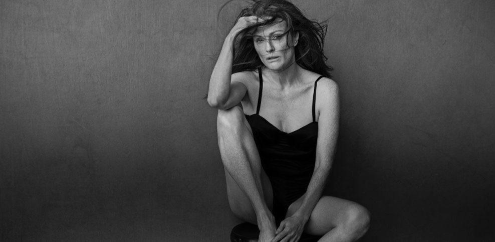Julianne Moore in The Cal 2017 @Peter Lindbergh