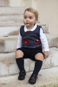 Moda: Il Principe George è un'icona di stile. Con il gilet