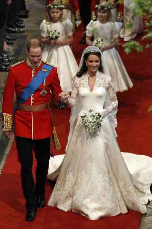 Mame Moda Auguri a Meghan Markle e al principe Harry, oggi sposi. Abito da sposa Kate Middleton