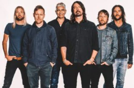 mame spettacolo DAVE GROHL TRA NIRVANA, NEW PUNK E DONALD TRUMP foo fighters
