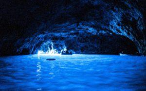 mame viaggi #MAMEHOLIDAYS - I 5 POSTI DA VISITARE NEL SUD ITALIA grotta azzurra