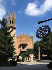 mame viaggi GRAZZANO VISCONTI - ALLA SCOPERTA DEL BORGO MEDIEVALE castello