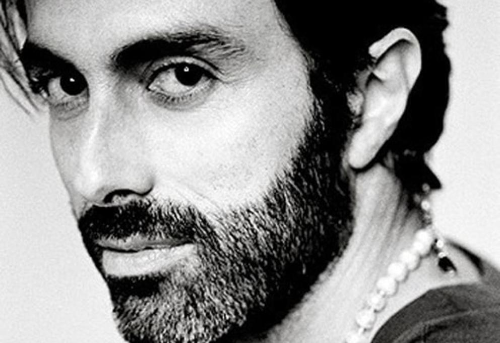 GIAMBATTISTA VALLI E LE DONNE IN VIAGGIO