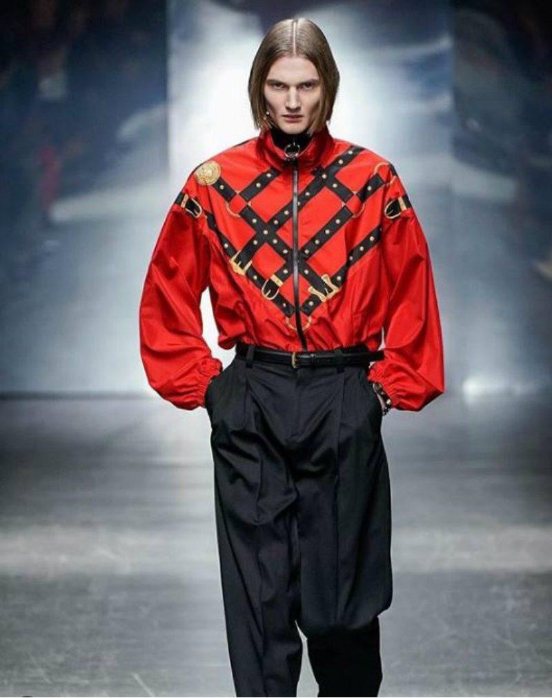 Versace Uomo - il flop d'americana. camicia