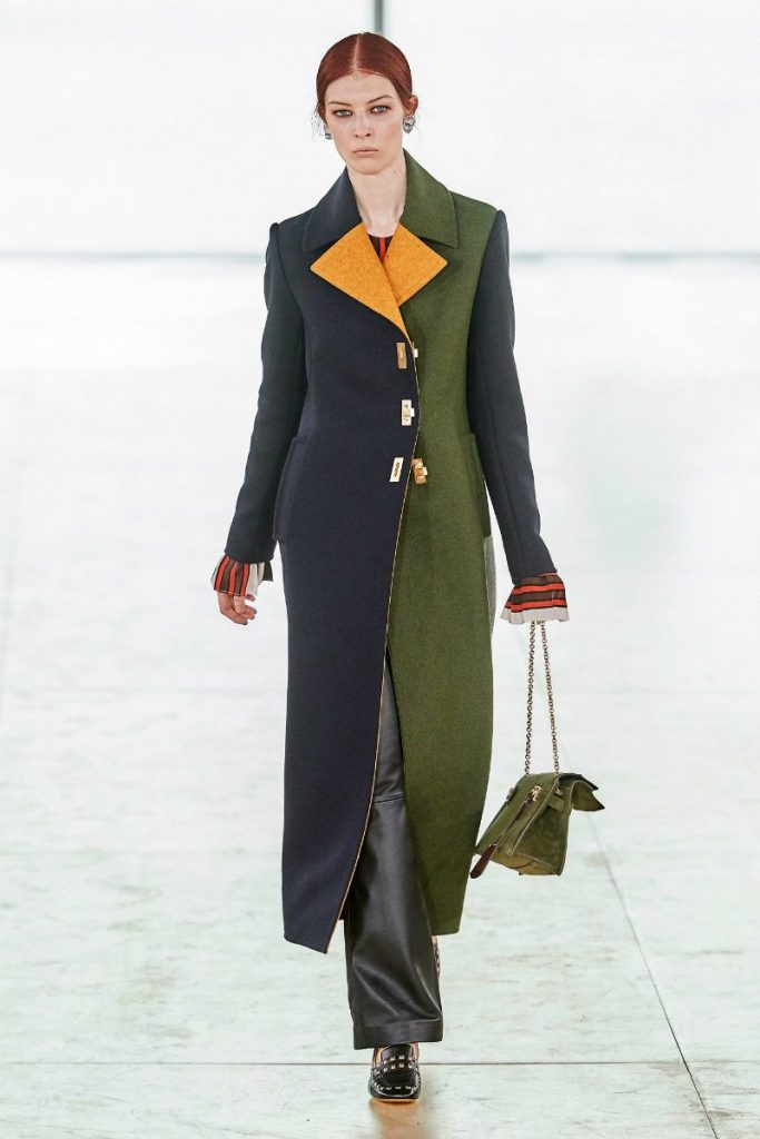 Tory Burch fall 2019 e il Black Montain College. cappotto color Block