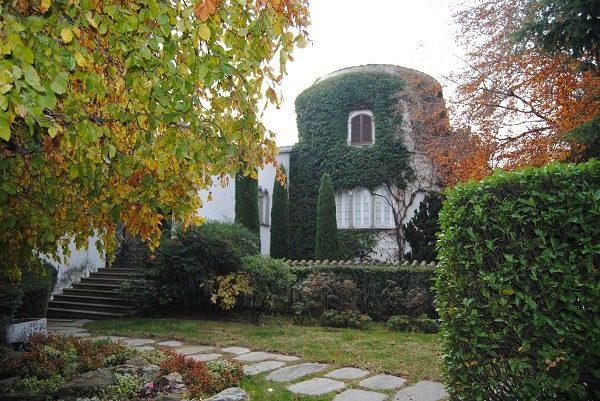 Mame arte COLLEZIONE CERRUTI. 300 OPERE DI RARA BELLEZZA MAI VISTE FINORA Villa Cerruti esterno