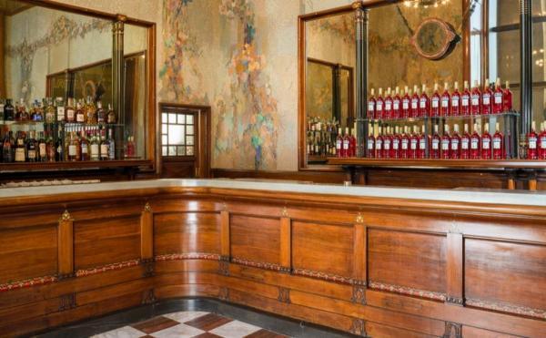 RIAPRE LO STORICO CAMPARINO DOPO UN LUNGO RESTYLING Il Bar di Passo
