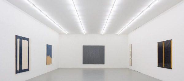Bella mostra dedicata a Schifano questa che si intitola, appunto Mario Schifano. Qualcos'altro