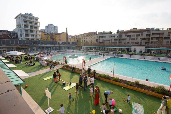 Un luogo esclusivo ed incredibile nel cuore di Milano a piedi Nudi sul bordo dei Bagni Misteriosi con bar bistrot, piscina all'aperto ed area verde.