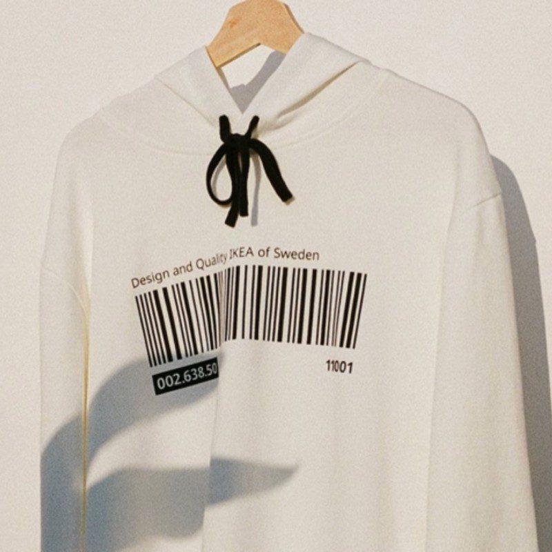 Ikea entra nel mondo della moda con la sua linea d'abbigliamento ...