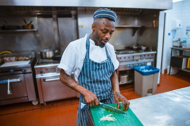Jak urządzić kuchnię gastronomiczną?