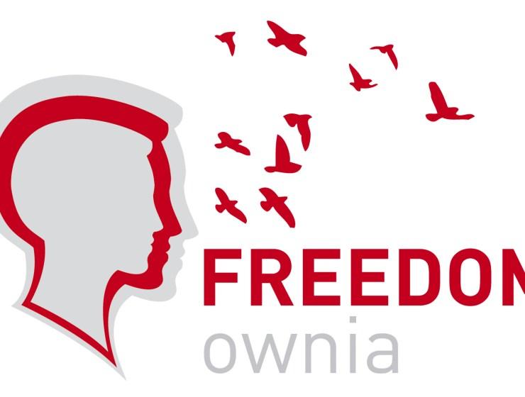 logo1 - FREEDOMOWNIA - ODCZARUJ STEREOTYP UDRĘCZONEJ MATKI