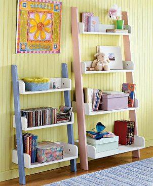 110524_kids-bookshelf
