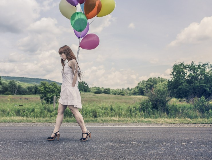 balloons 388973 1280 - POZWALAM SOBIE NA BYCIE SZCZĘŚLIWĄ, A TY?