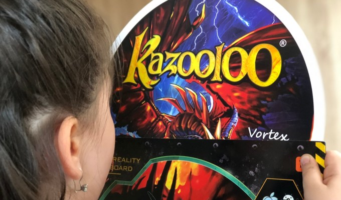 kazooloo 015 - KAZOOLOO - GRA, KTÓRA MOBILIZUJE DZIECI DO RUCHU