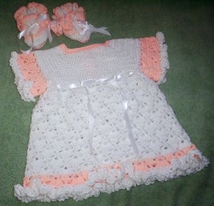 White and peach crotchet little dress and matching booties