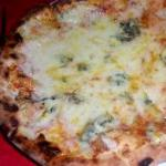 piola-pizzeria-quattro-formaggi-pizza1