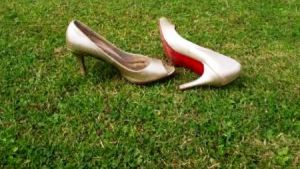 1064310_gold_party_shoes_on_grass_lawn