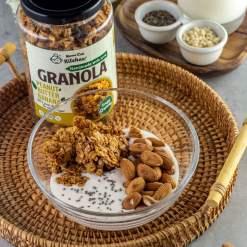 handmade peanut butter banana granola