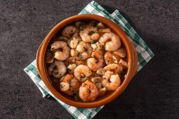 aglio olio shrimp pasta