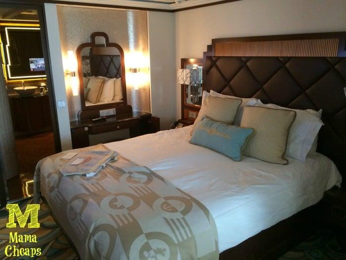 disney dream suite bedroom