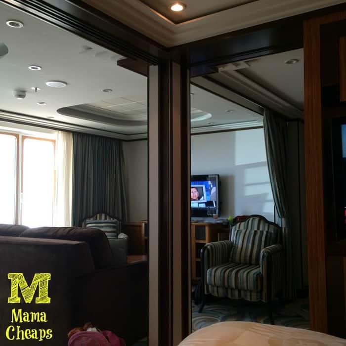 disney dream suite from bedroom
