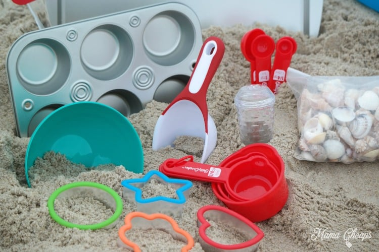 Famous DIY Dollar Store Beach Baking Set for Creative Play | Mama Cheaps PR25