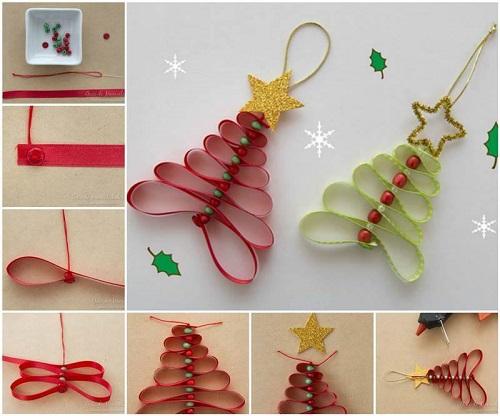 Árvore de Natal feita com fita para a árvore