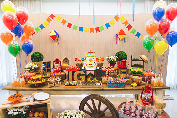 decoracao-festa-junina-aniversario-de-crianca-caraminholando1