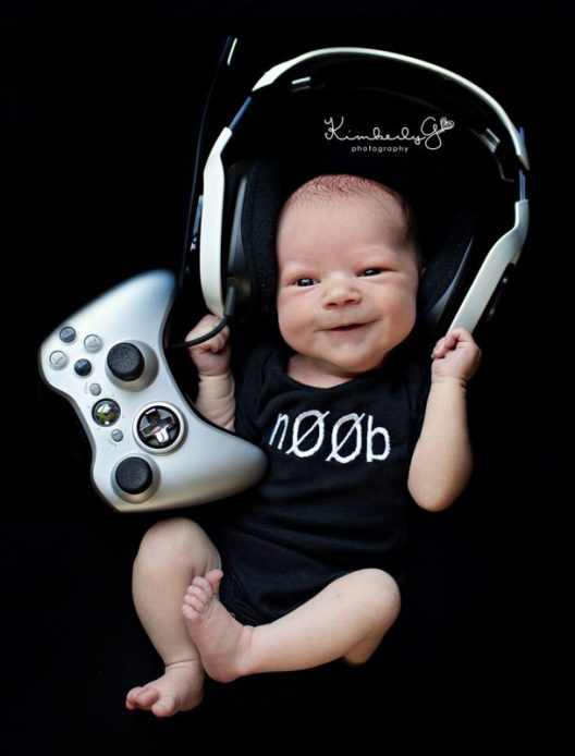 geeky-newborn-baby-photography-12__880
