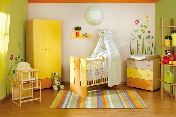 quarto de bebe amarelo