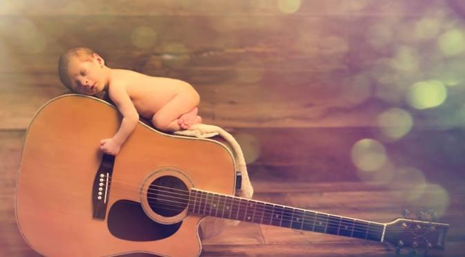 Como incorporar a música no dia a dia do seu filho