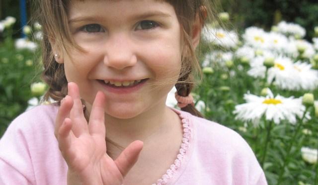 Creme dental com flúor: dar ou não para seu filho?