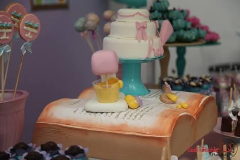 Detalhe do bolo da festa Peppa Pig para festa de menina