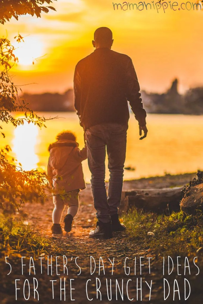 Have a natural minded father in your life? Need some inspiration for a dad who's a little offbeat, a little bit hippie or bohemian? Get inspiration on this list of 5 father's day gift ideas for the crunchy dad.