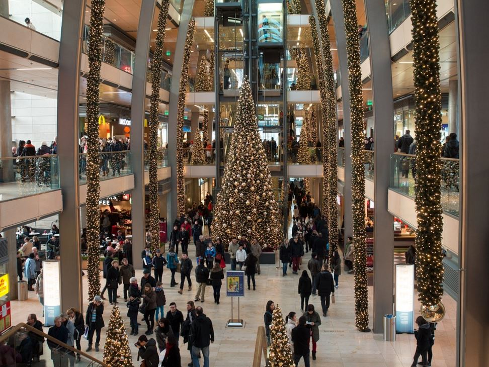 The Holidays Are Coming - 5 Festive Tips For Christmas Preparation