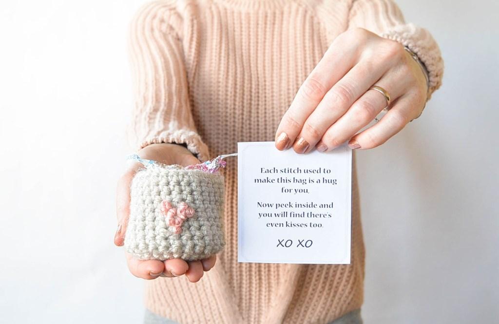 heart crochet bag