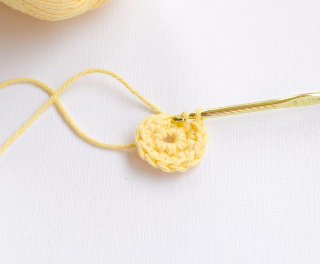 Flower Daisy Crochet Pattern 1