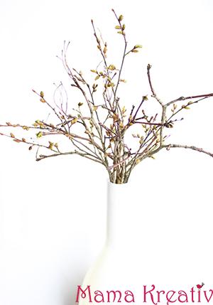 Frühlingszweigen in der Vase