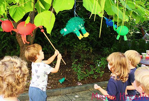 pinata selber machen kindergeburtstag dino dinosaurier